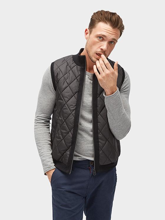 Tom Tailor pánská prošívaná vesta 3023058/2999 Černá XL